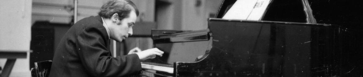 Bibliothèque et Archives Canada présente sa toute dernière émission de baladodiffusion, « Glenn Gould : les classiques remixés ».