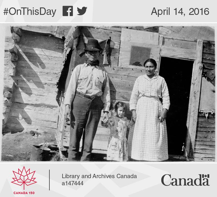 Indian or Métis family, Kettle Rapids, Manitoba, 1924.