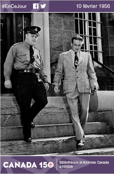 Photo de Wilbert Coffin à sa sortie du tribunal à Percé, en Gaspésie, pendant son procès en juillet 1954.