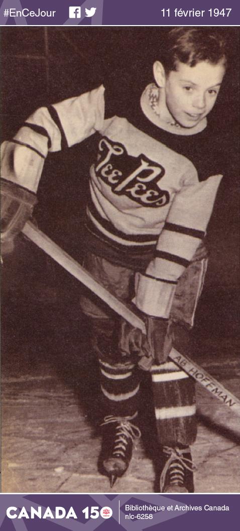 Abby Hoffman à l'âge de 8 ans, en 1955. Elle aura une longue et illustre carrière d'athlète. Après sa retraite en 1976, elle deviendra la première femme directrice générale de Sport Canada, poste qu'elle occupera de 1981 à 1991.